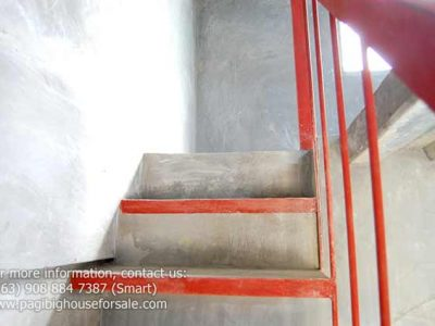 stairway-turnover